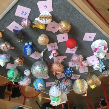 Konkurs na bombkę świąteczną